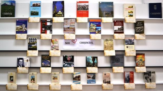 expozitie de carte Chisinau